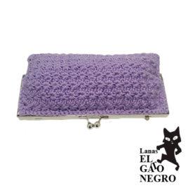bolso de ganchillo lila